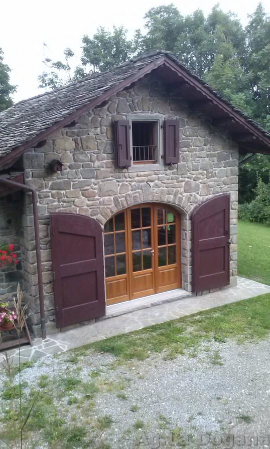 FIUMALBO Casa tipica indip. con giardino e depandance